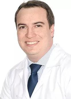 Dr. Gustavo Campanholi